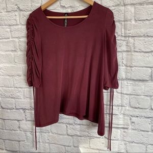 3/$30🦋 DESIGN LAB LORD & TAYLOR Maroon Red Top